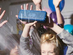 Sony SRS xb3 portable bluetooth speaker