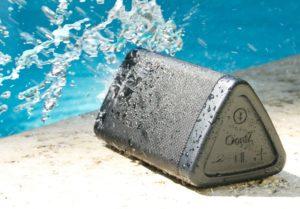 Oontz Angle 3 review - splashproof